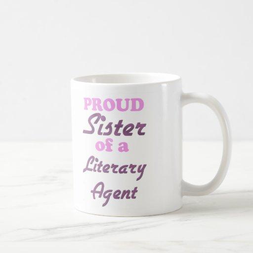 Hermana orgullosa de un agente literario taza básica blanca