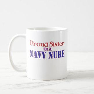 Hermana orgullosa de un arma nuclear de la marina taza