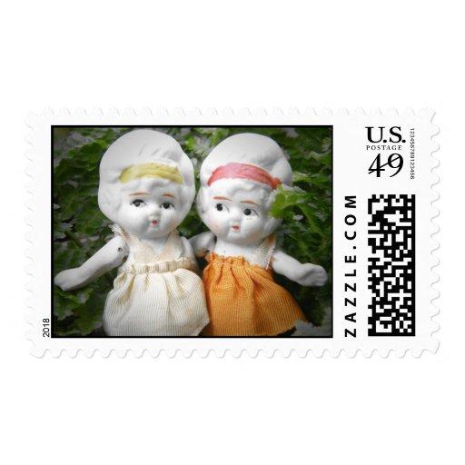 Hermanas con las edades timbres postales
