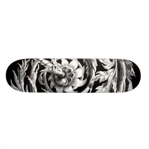 Hermoso y extraño tabla de skate