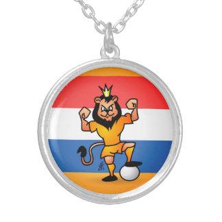 Héroe anaranjado del fútbol del león colgante redondo