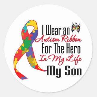 Héroe de la cinta del autismo en mi vida mi hijo pegatina redonda