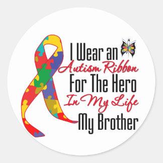 Héroe de la cinta del autismo en mi vida mi pegatina redonda
