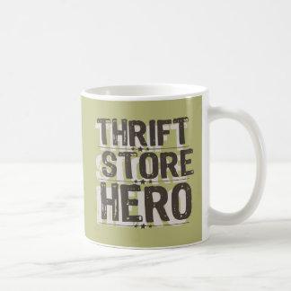 Héroe de la tienda de descuento taza clásica