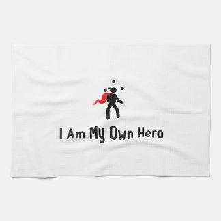 Héroe que hace juegos malabares toallas