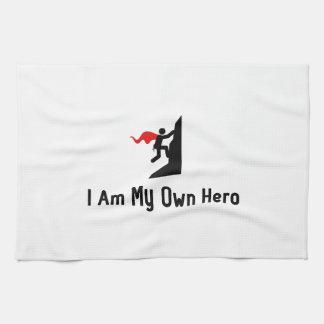 Héroe que sube toalla de mano