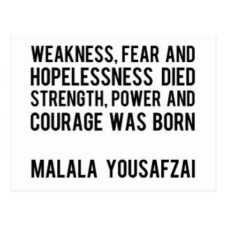 HÉROES REALES - Malala Yousafzai Tarjeta Postal