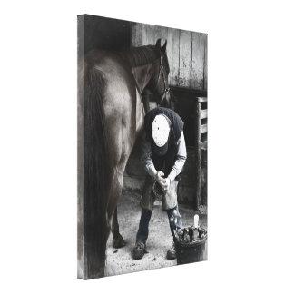 Herrador en el trabajo - daguerrotipo desaturado lona estirada galerias