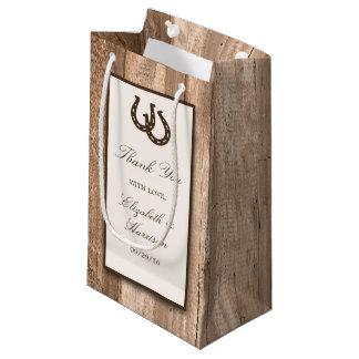 Herradura rústica del país y boda de madera de bolsa de regalo pequeña