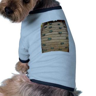 Herramienta de madera para subir en el patio camiseta con mangas para perro