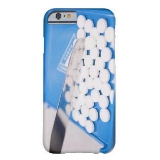 Herramientas de la farmacia, píldoras, medicación funda de iPhone 6 barely there