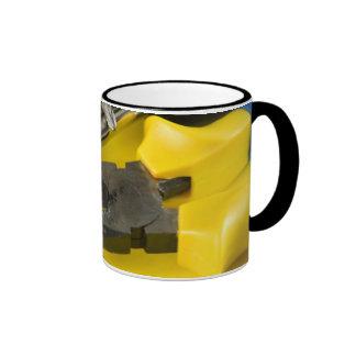herramientas taza de dos colores