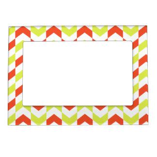 Herringbone Pattern Red & Green Magnetic Frame