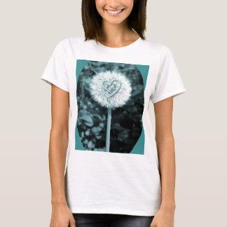 Herz blume heart flower T-Shirt