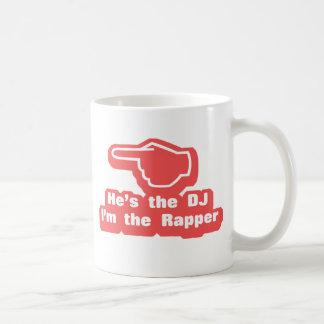 Hes DJ Im el golpeador Taza Básica Blanca