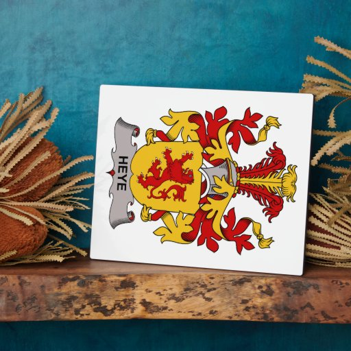 Heye Family Crest Display Plaque