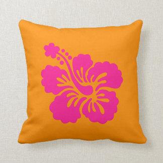 Hibisco anaranjado y de color rosa oscuro cojín