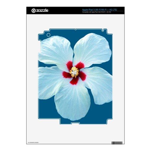 Hibisco blanco hermoso en azul pegatinas skins para iPad 3