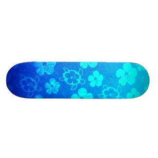 Hibisco y tortugas azules de Honu Tabla De Skate