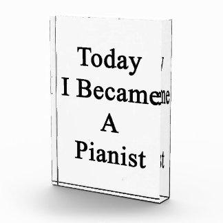 Hice hoy pianista