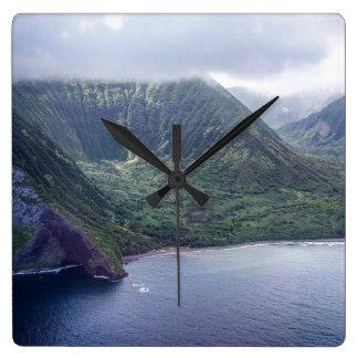 Hidden Hawaii Clock