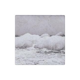 Hielo de mar de coral de fusión blanco y negro imán de piedra
