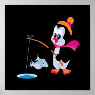 Hielo del pingüino que pesca 2 poster