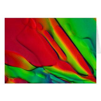 Hielo en el agua debajo del microscopio felicitacion