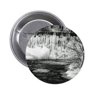 Hielo en el río pin