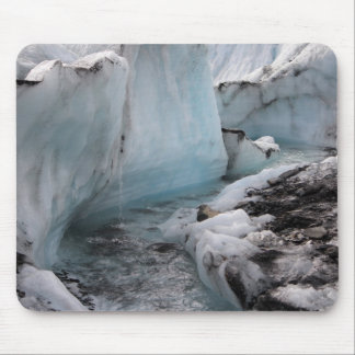 Hielo y nieve hivernales - río del glaciar alfombrillas de ratones