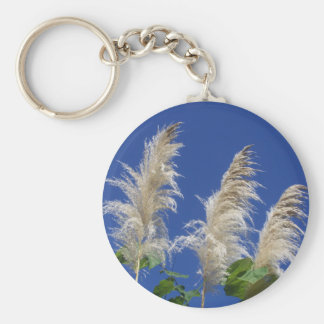 Hierba de pampa en la floración llaveros personalizados