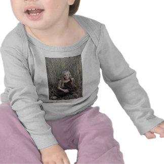 Hierba del natural de McKenzie Camisetas