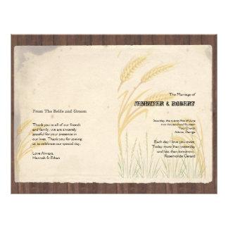 Hierba del trigo del país en programa del boda del tarjeton