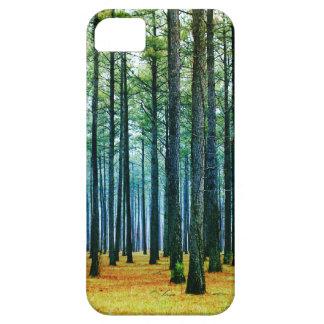 Hierba hermosa del amarillo del bosque del árbol d iPhone 5 Case-Mate carcasa