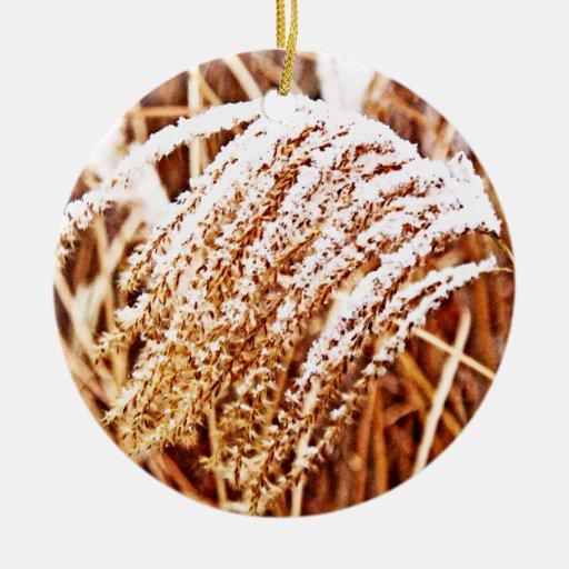 Hierba nevada ornamente de reyes