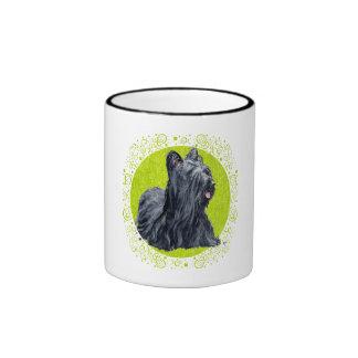 Hierba verde de los terrieres de Skye Tazas De Café