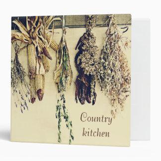 Hierbas y país secados rústicos de la vida del maí