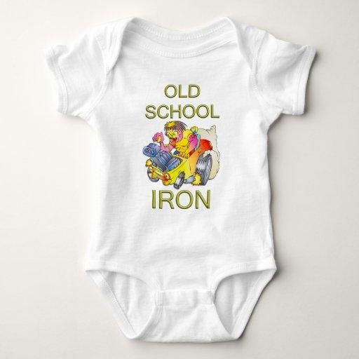 Hierro de la escuela vieja body para bebé