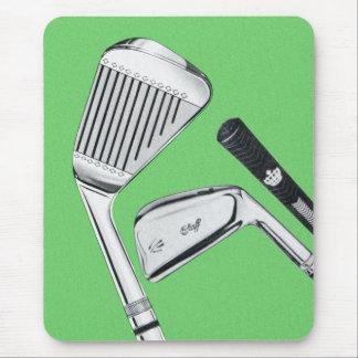 Hierros Golfing de los clubs de golf del vintage Alfombrillas De Ratones