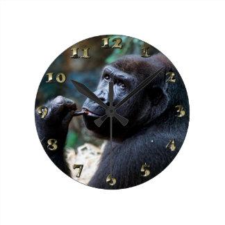 Highland Gorilla - Picking Teeth Round Clock