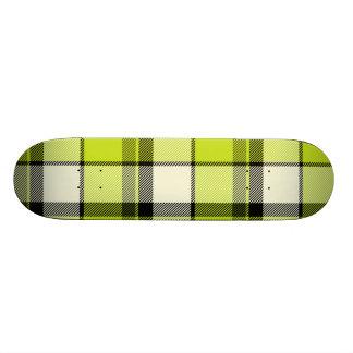 Highlander Green Skateboard Tartan