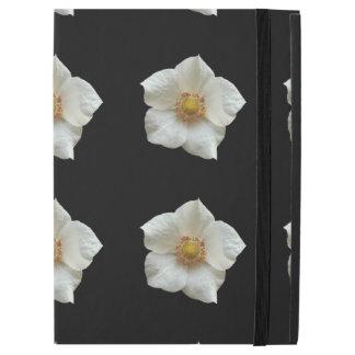 "Highly Detailed White Flowers on Black iPad Pro 12.9"" Case"