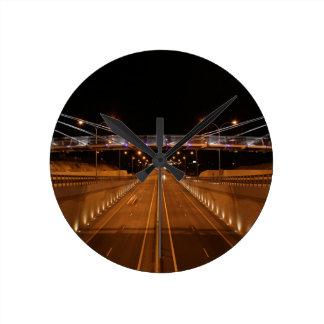 highway-945192.jpg reloj redondo mediano