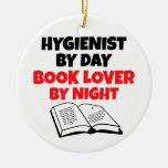 Higienista del aficionado a los libros ornamento de navidad