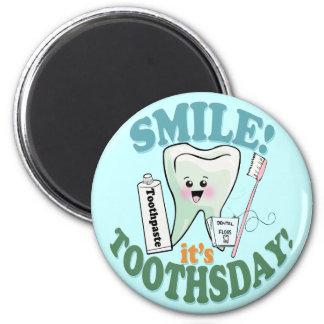 Higienista dental del dentista divertido imán redondo 5 cm