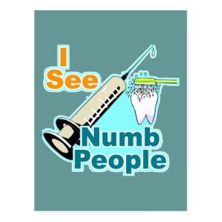 Higienista dental del dentista divertido postal