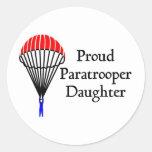 Hija orgullosa del paracaidista pegatina