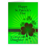 Hija, tarjeta del día de St Patrick feliz