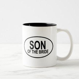 Hijo de la novia que casa óvalo taza de café de dos colores