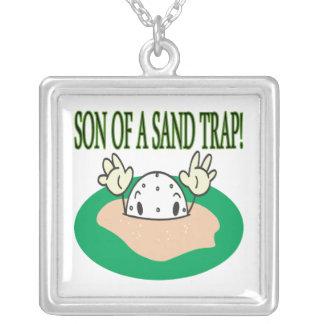 Hijo de una trampa de arena colgante cuadrado